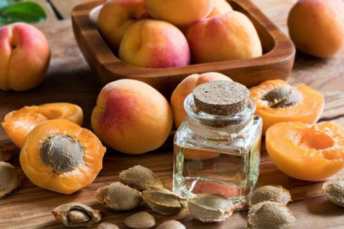 maslo-abrikosovih-kostochek-1