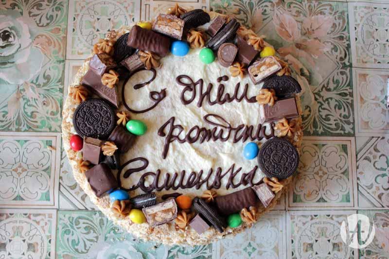 11-ykrashennii-tort