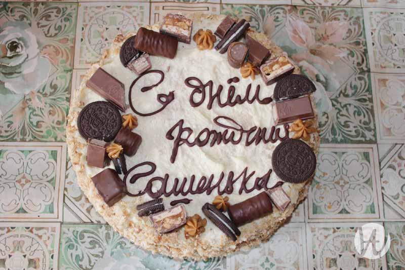 7-ykrashenie-torta