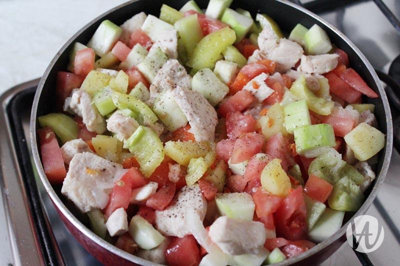 15-dobavlenie-pertza-i-pomidora
